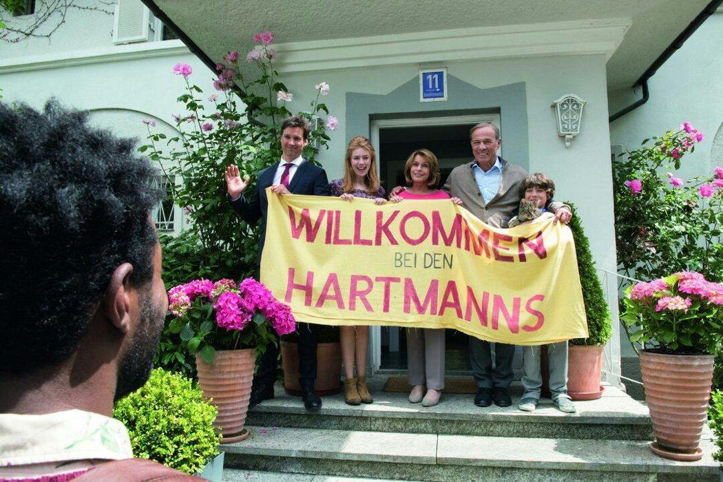 德國影后仙黛貝嘉在兒子執導的新片「歡迎來住我家」中,將疑慮化為幽默,帶領「哈特曼