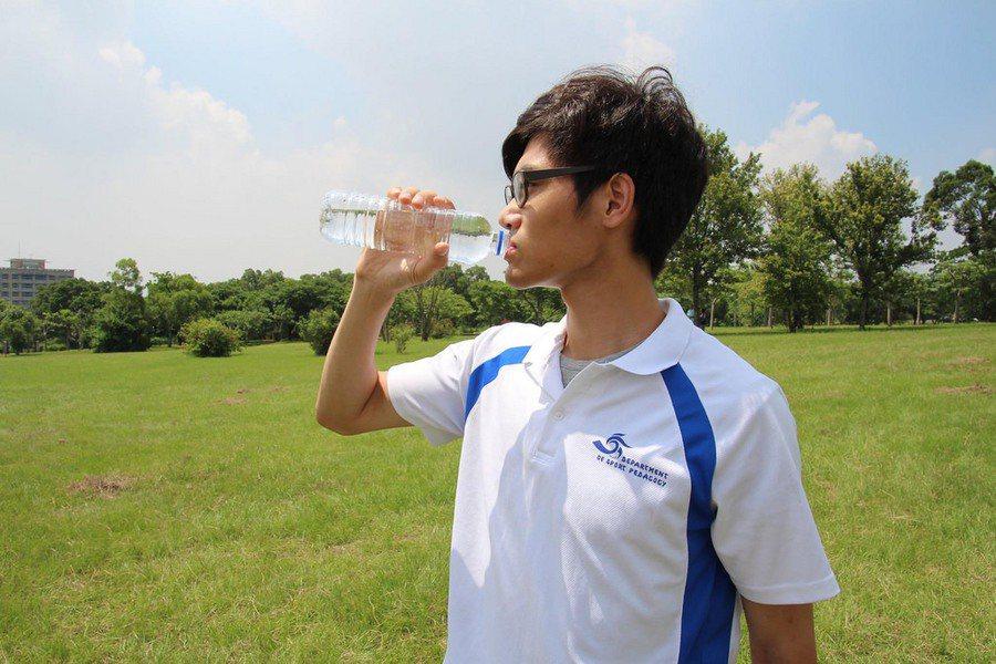 氣象專家預估,台灣未來一週(10~16日)天氣將十分穩定炎熱,可能要到7月下旬才...