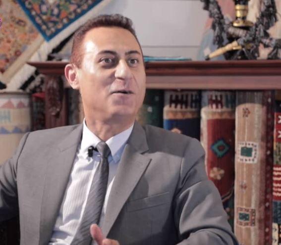 范迪紳推廣地毯、傳遞伊朗文化。圖/民視提供