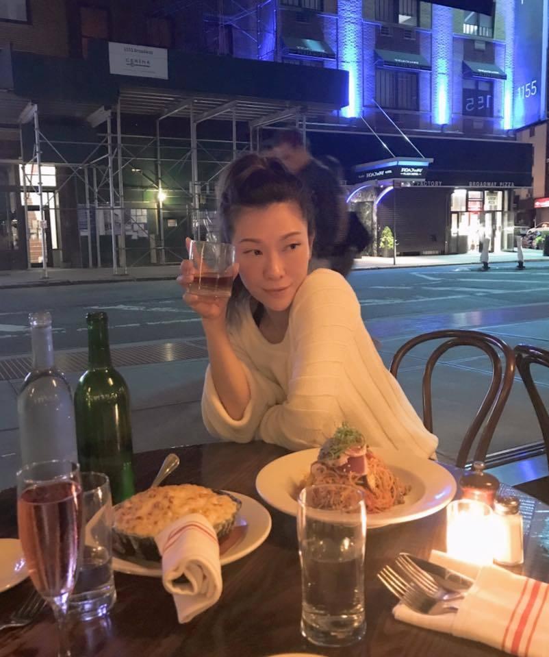 女星KIMIKO日前(8日)在臉書上分享她在紐約的街頭「奇遇」。圖/擷自KIMI