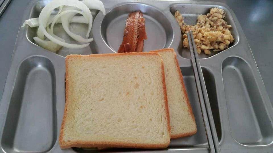 《最好的選擇》劇組人員PO出早餐的照片。 圖/擷自臉書