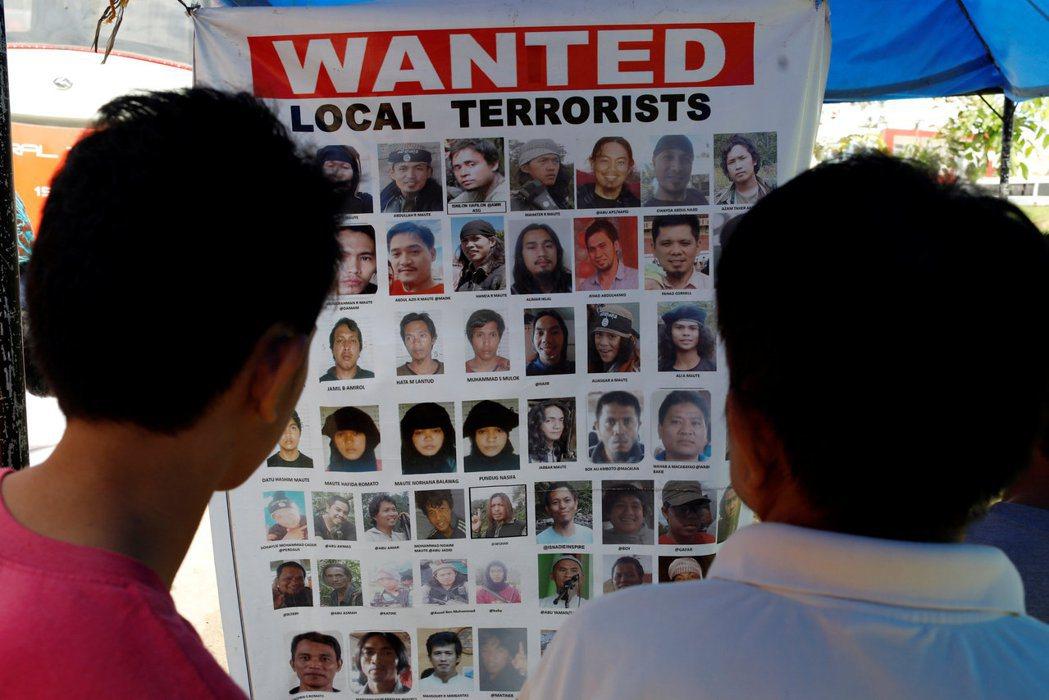 菲律賓的極端伊斯蘭恐怖份子,猶如細胞增生般不斷向外分裂。 圖/路透社