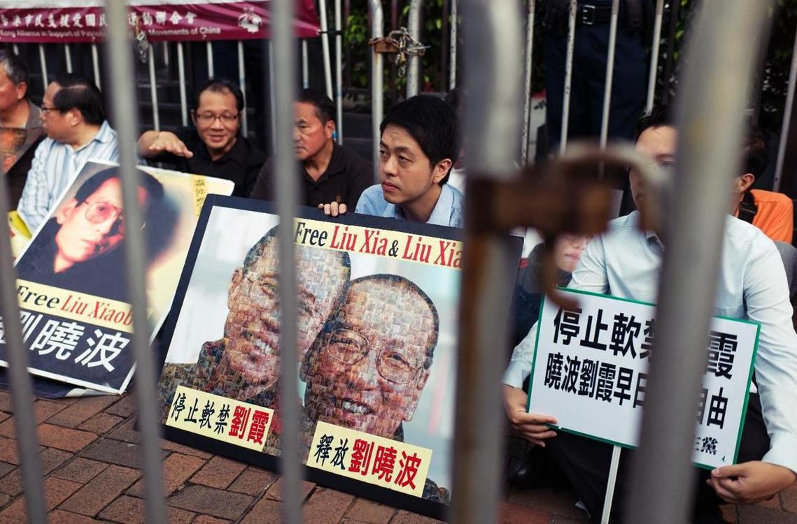 劉曉波的病情已進入病危狀態,劉的美國律師甘瑟出面指控,因為中國當局拒絕劉曉波轉往...