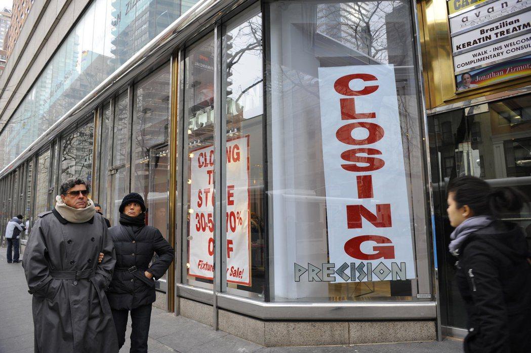 紐約市對行人友善,市民較勤於走路。 法新社