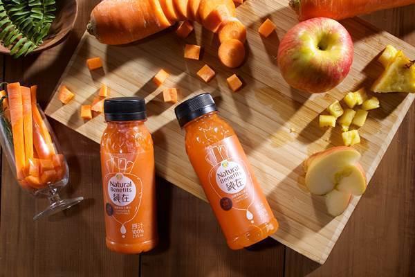 胡蘿蔔綜合果汁即日起至8月1日1瓶235ml只要76元。圖由廠商提供。