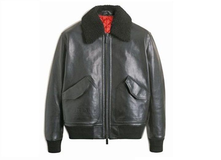 BERLUTI小羊皮飛行員夾克,約34萬元。 圖/各品牌提供