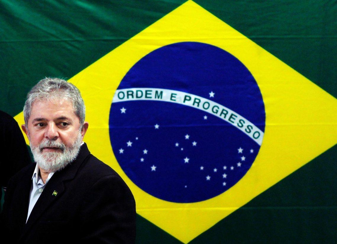 資料圖片:魯拉除表態上訴外,亦憤怒地譴責巴西司法已成「政治追殺的工具」,但他重返...