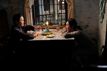 明月幾時有:偷渡香港意識的主旋律電影