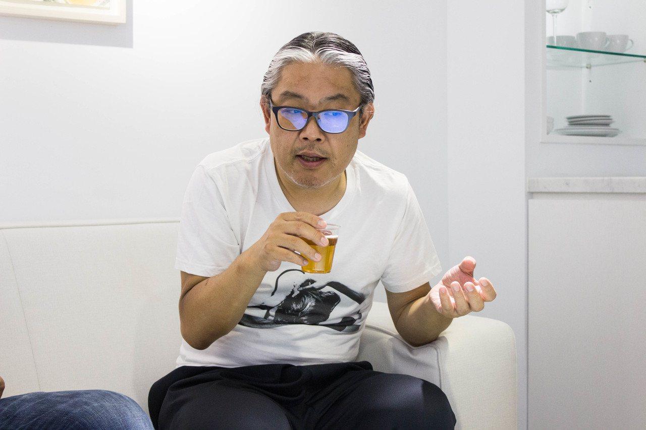 日本知名工薪收藏家宮津大輔暢談策展的中心主旨。圖/非池中藝術網攝。