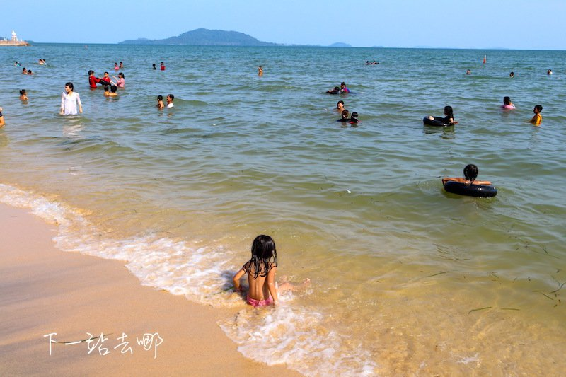 白馬沙灘是當地人休閒的去處。 攝影/賴勳毅