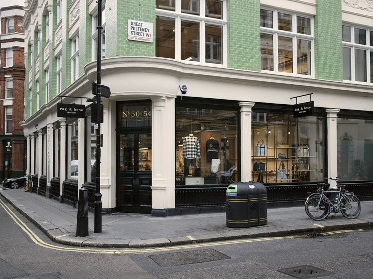 rag & bone倫敦旗艦店混搭紐約工業風與英倫知性美。圖/rag & bon...