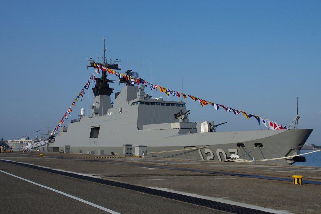康定(拉法葉)級巡防艦。 圖/報系資料照