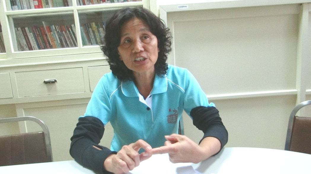 華聖啟能中心創辦人王素珠,回顧15年來從無到有為喜憨兒找到快樂之家。 記者蔡維斌...