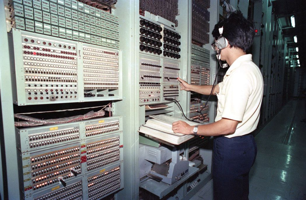 據勞動部調查7月各職類勞工薪資,電信技術員月薪高於律師及航空機械、電子工程師等。...