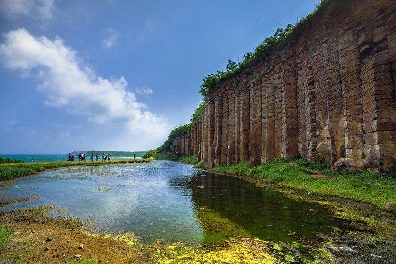 大菓葉柱狀玄武岩的壯麗美景,令人流連忘返。(欣傳媒資料照)