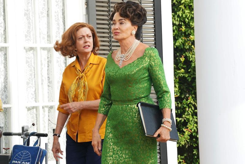 「宿敵」蘇珊莎蘭登(左)與潔西卡蘭芝雙雙提名最佳迷你影集或電視電影女主角獎。圖/...