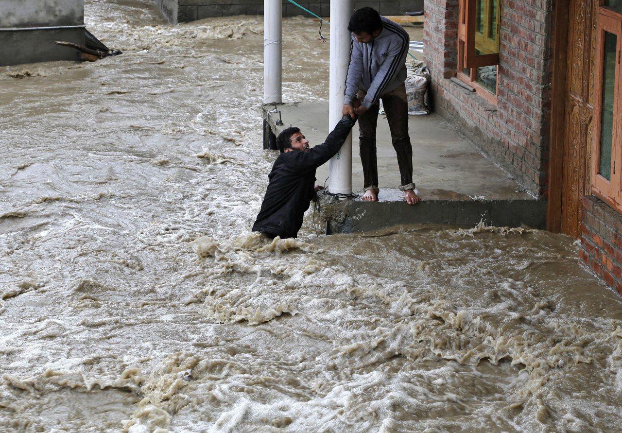 亞洲開發銀行14日發布報告指出,亞洲將是氣候變遷影響最劇的地區之一。圖為2015...