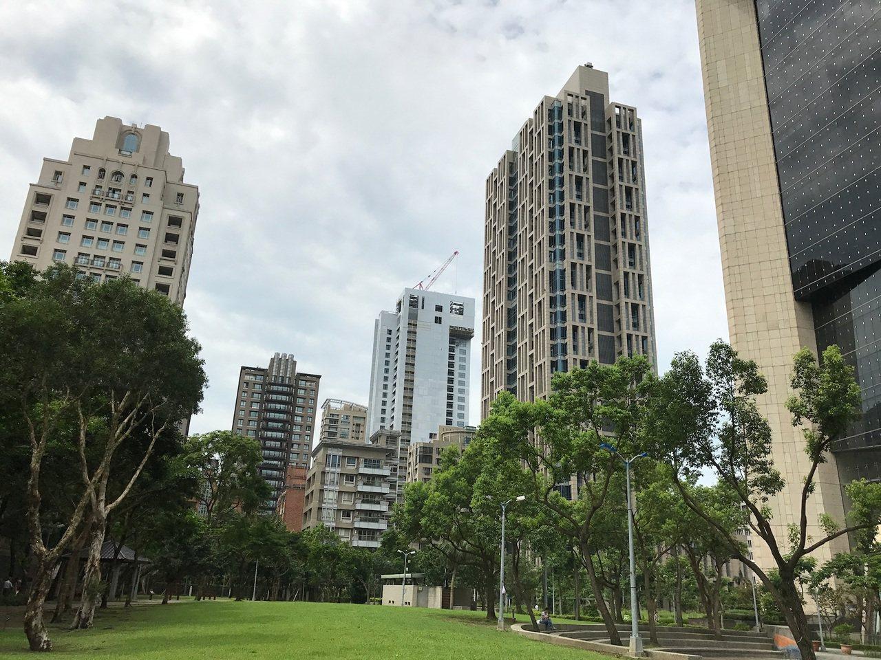 內政部發布第48期都市地價指數,連兩期下跌,為99年以來跌幅最明顯1次。記者游智...