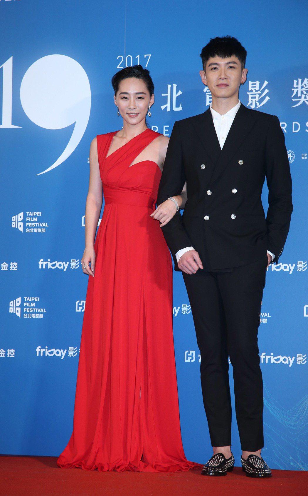 再見瓦城演員吳可熙(左)、柯震東出席台北電影節頒獎典禮。記者陳瑞源/攝影