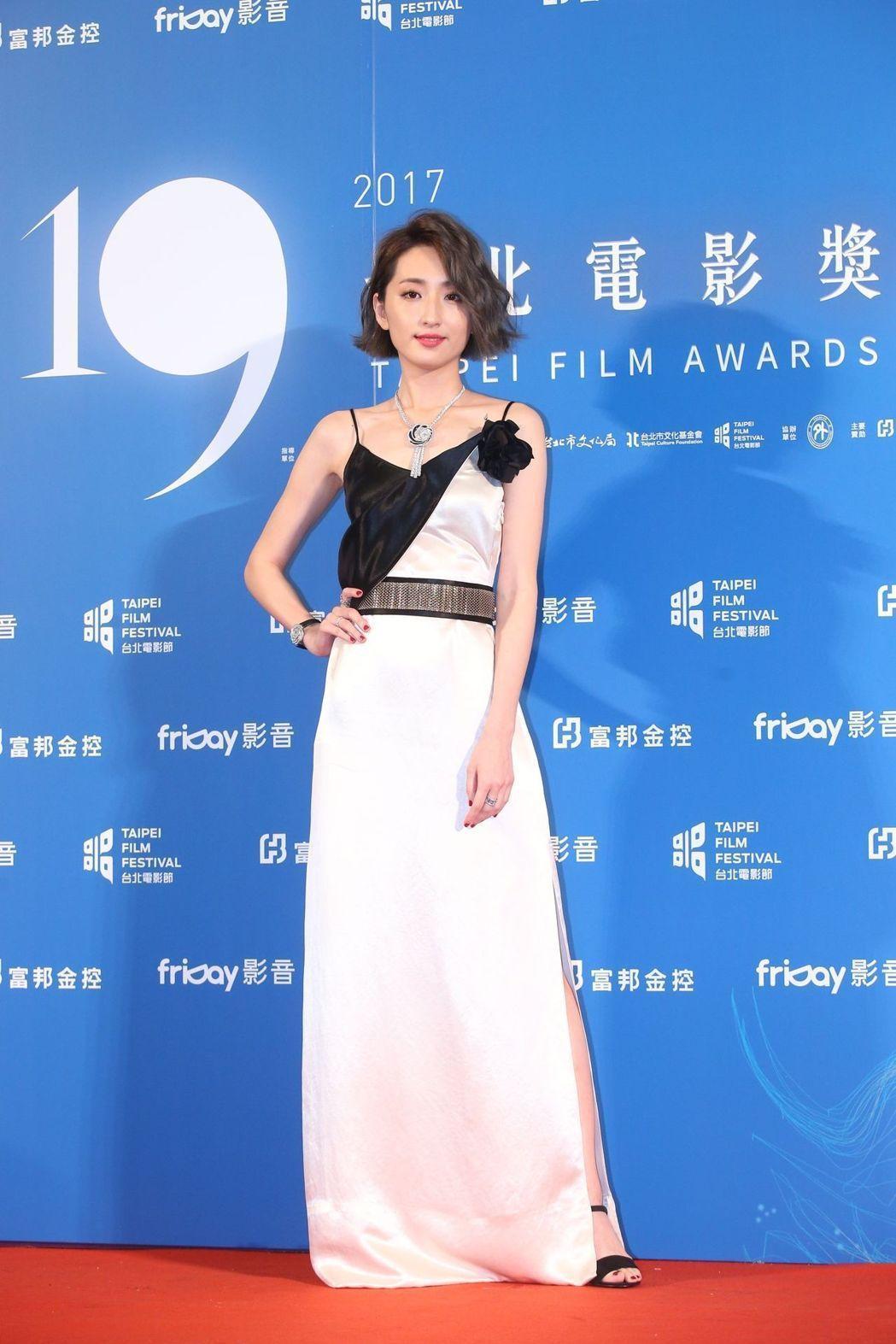 柯佳嬿選穿LANVIN 2017春夏洋裝展現優雅。記者王騰毅/攝影