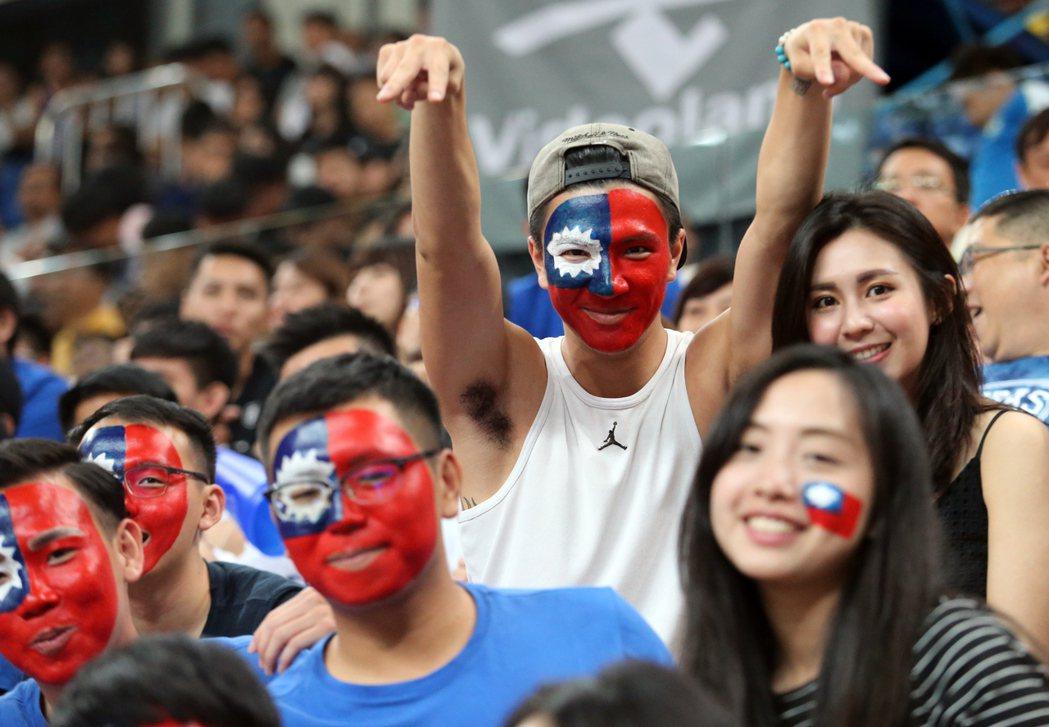 親中台獨是自我凌遲 兩岸三黨「用好中華民國」