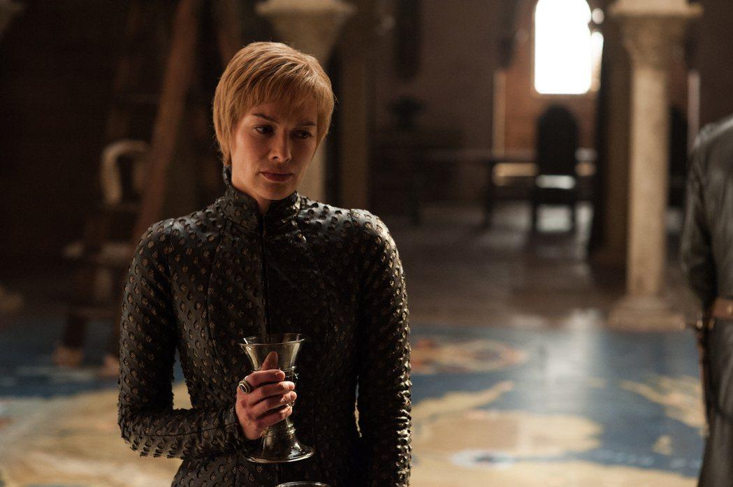 莉娜海蒂(Lena Headey)在《權力的遊戲》中飾演瑟曦蘭尼斯特(Cerse...