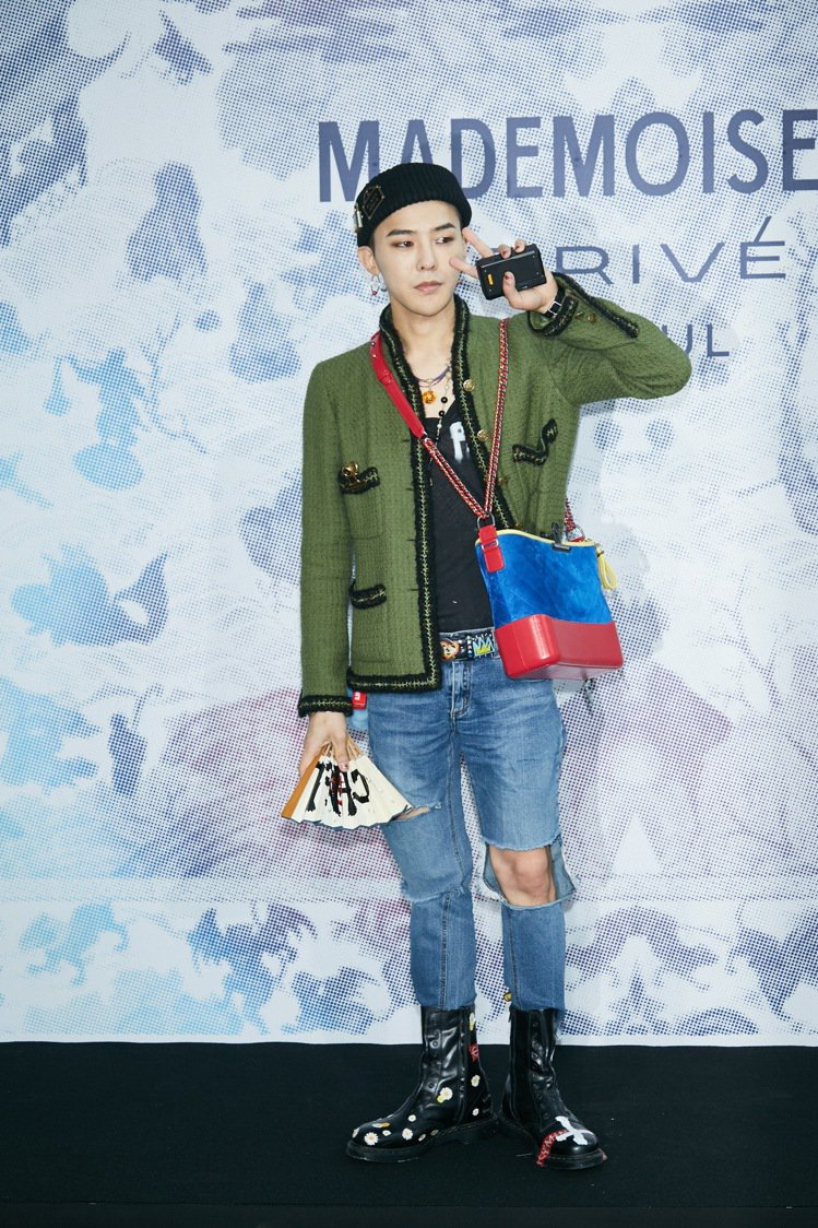 G Dragon在香奈兒首爾「Mademoiselle Prive」特展開幕活動...