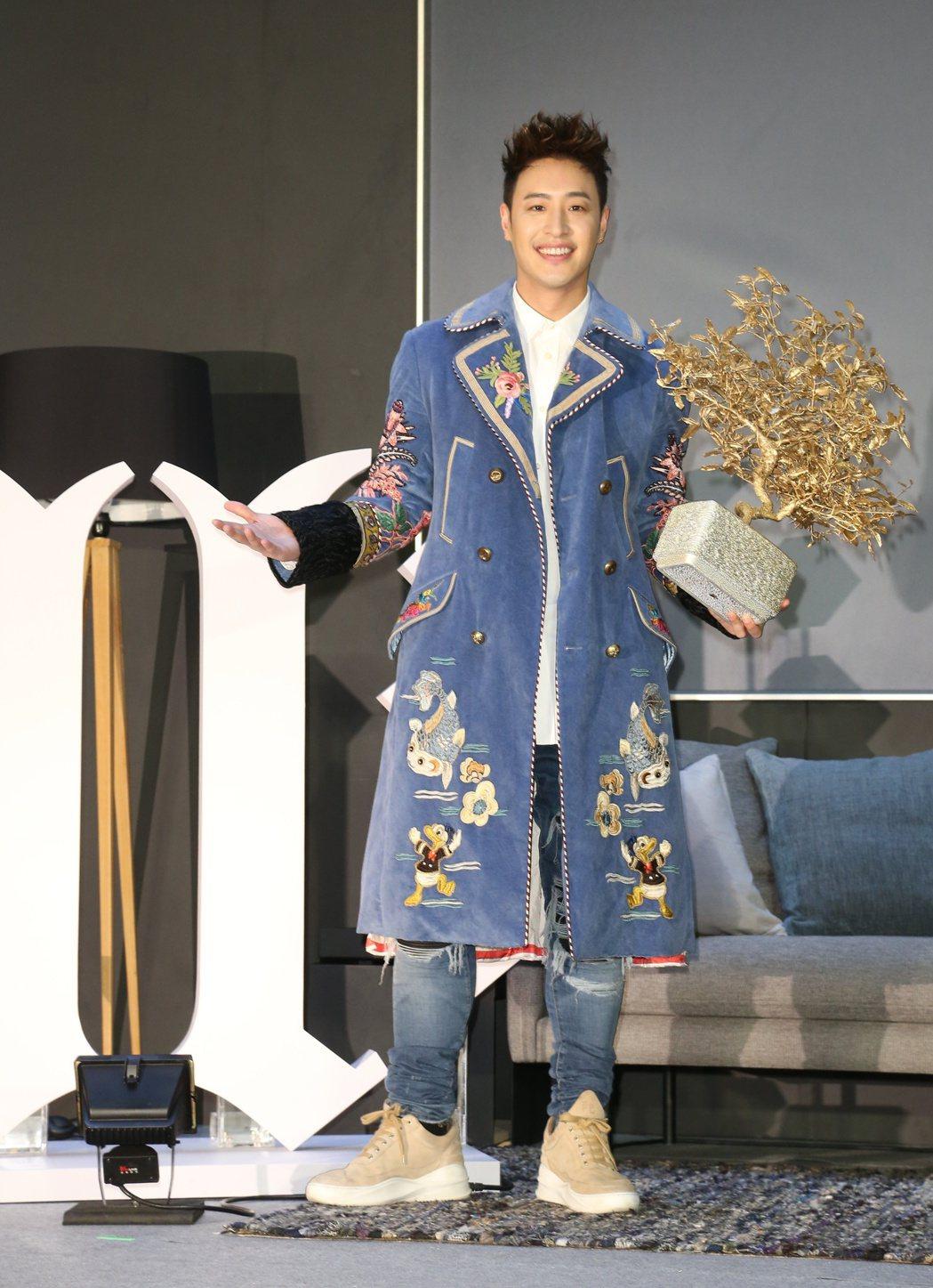 潘瑋柏加盟華納推出2017全新專輯「illi異類」。記者陳立凱/攝影