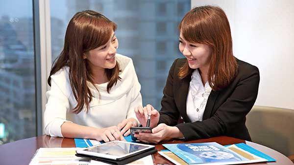 權證屬於一種具有高槓桿效果的小額投資工具,在投資權證前,投資人應清楚了解權證投資...