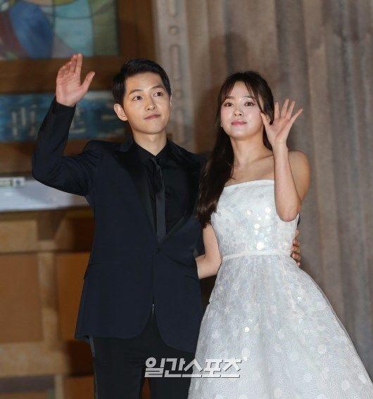 宋仲基和宋慧喬10月31日將結婚。摘自日刊體育