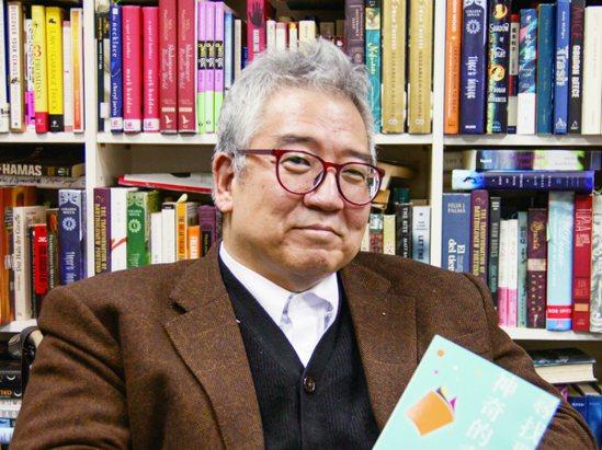 曾寫下出版界紀錄,郝明義更化閱讀為力量,走進社會、解決問題。 (攝影/鄭幃真)