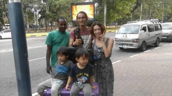 與我們全家朝夕相處九天八夜的司機Ranji (攝影:好心路人)