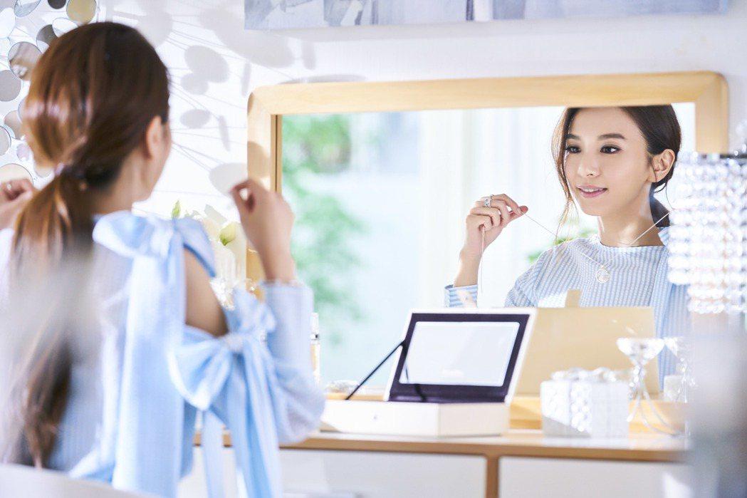 田馥甄也在片中配戴多款PANDORA推薦商品。圖/PANDORA提供