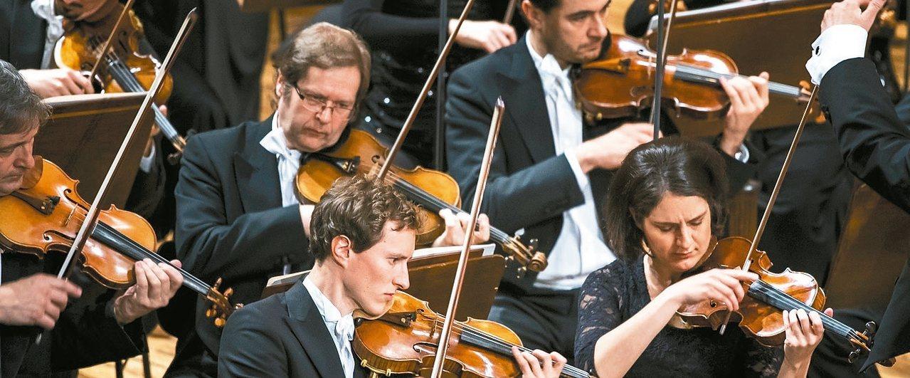 暌違十年捷克愛樂管弦樂團於今年十月再度訪台,音樂會中將重現許多經典的曲目。 圖/...