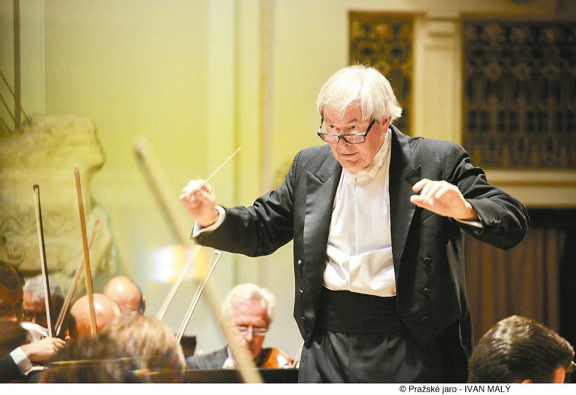 捷克愛樂管弦樂團再度訪台,將由名指揮家阿爾特里赫特領軍指揮。 圖/傳大藝術提供