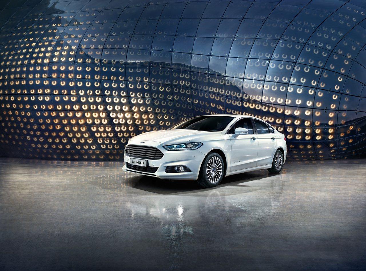 Ford Mondeo擁有汽、柴、油電三種風格迥異的動力選擇。 圖/福特六和提供