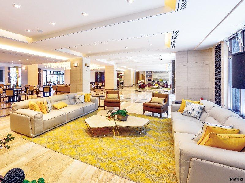 「陽光Park」迎賓廳選用BARBABA BARRY & NATUZZI名家設計...