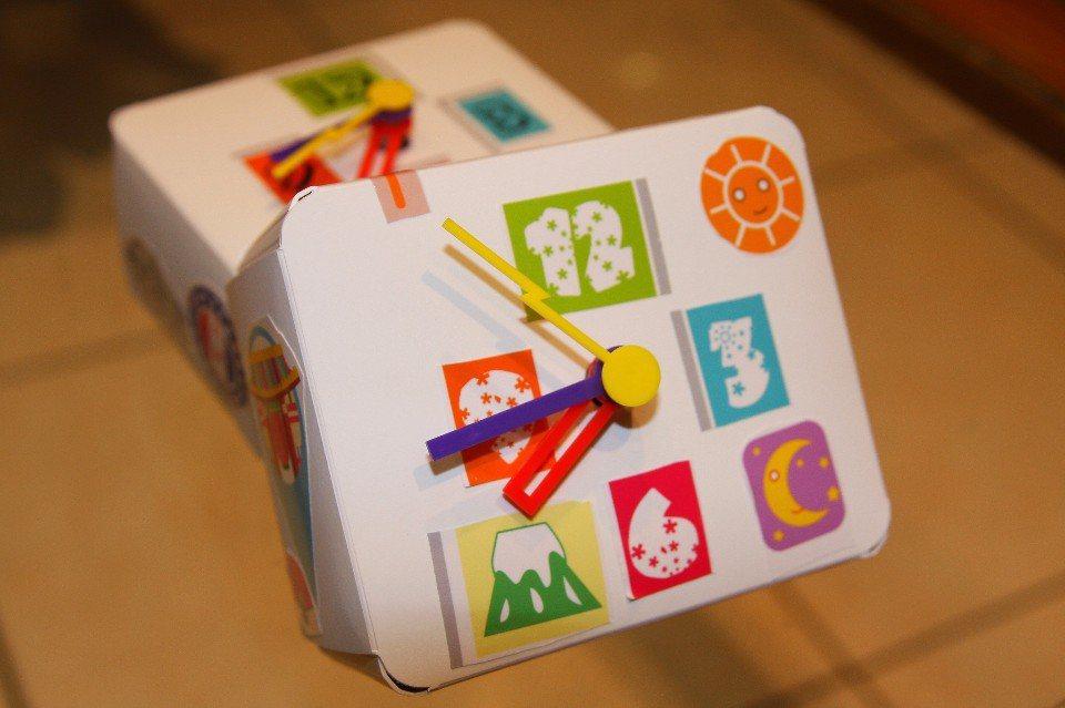 獨一無二的DIY手作時鐘,是最特別的紀念品。(圖片來源/王鼎時間科藝體驗館FB粉...