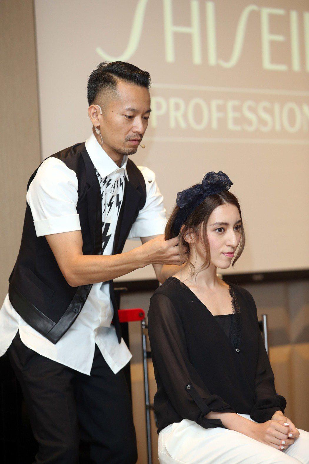 日本髮妝神人原田忠首度在台舉辦創意髮藝發表,LARA梁心頤擔任髮型示範。記者陳瑞...
