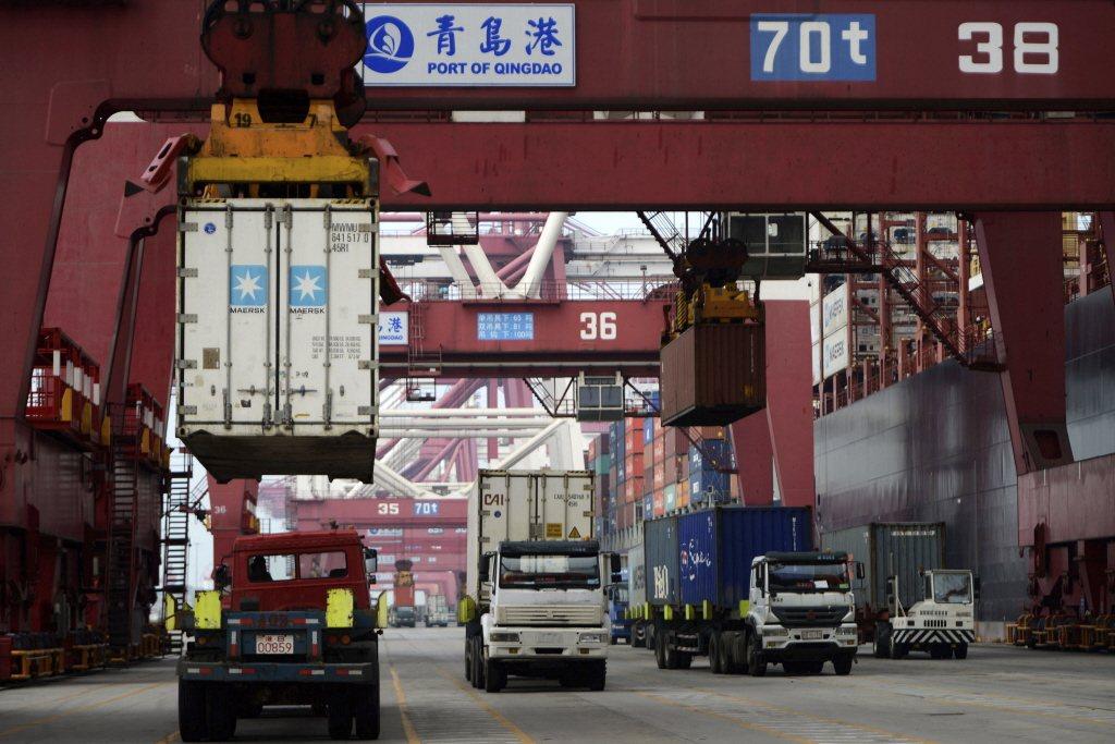 新加坡某貿易公司被揭露,對北韓禁運的奢侈品繞道中國大陸,經過數次偽裝和洗白之後,...