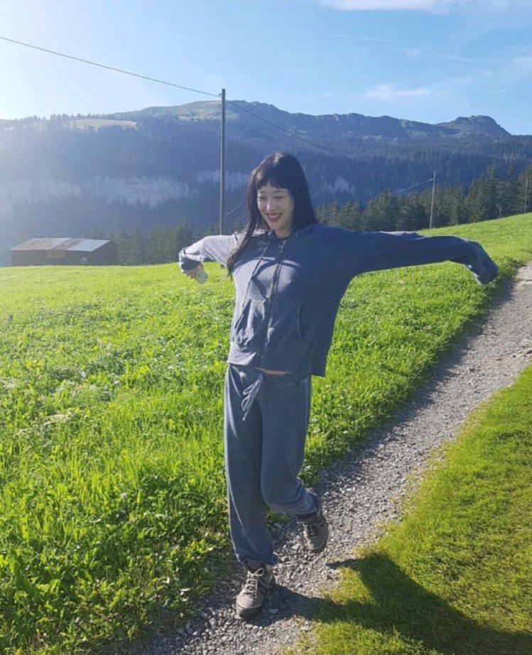 韓星雪莉。圖/擷自instagram