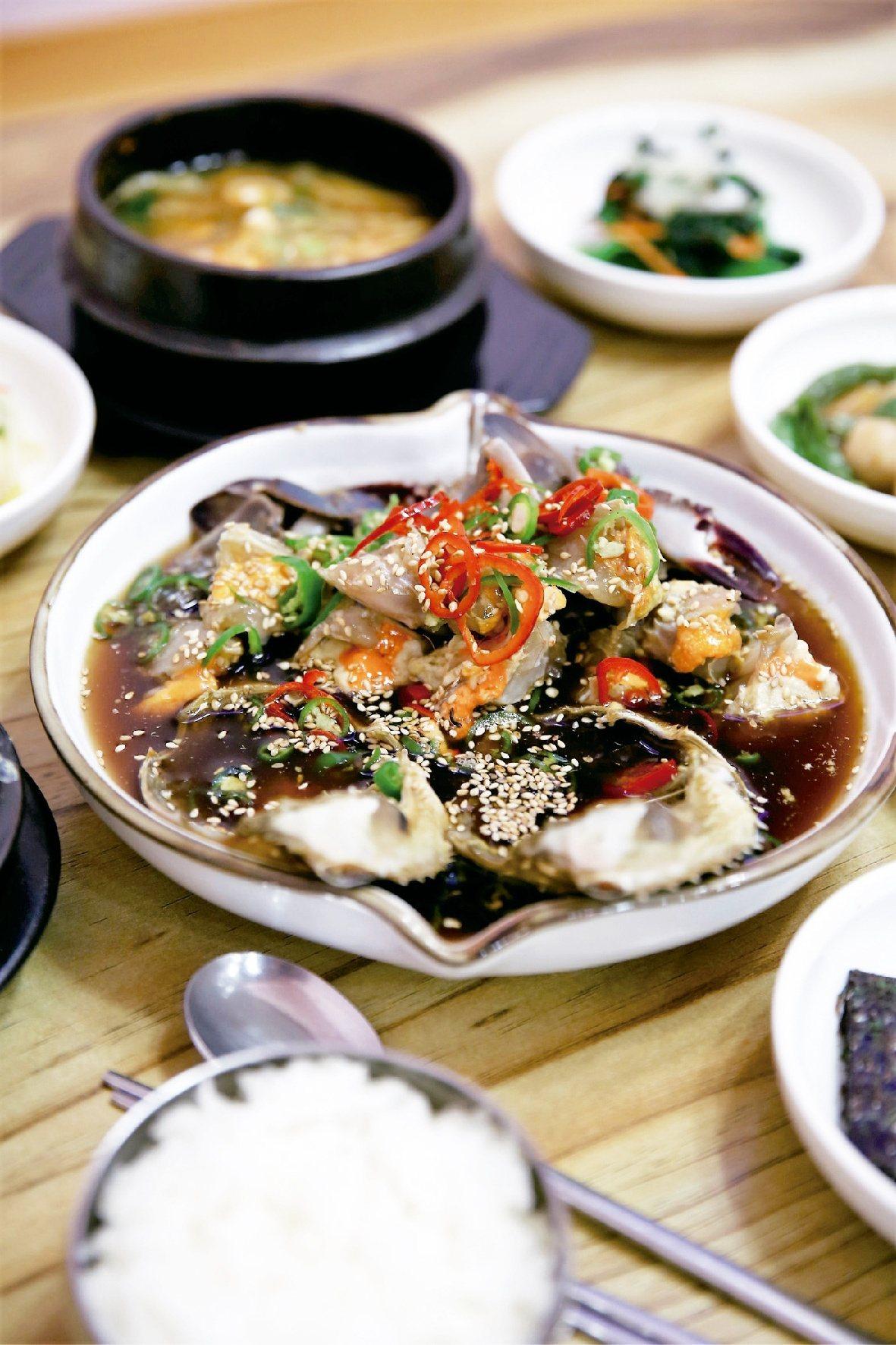胡同醬蟹 醬蟹定食。