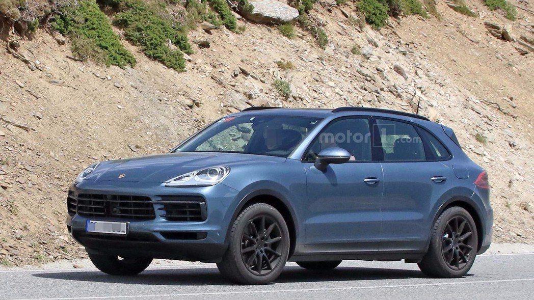 圖為無偽裝的2018年式Porsche Cayenne。 摘自Motor 1