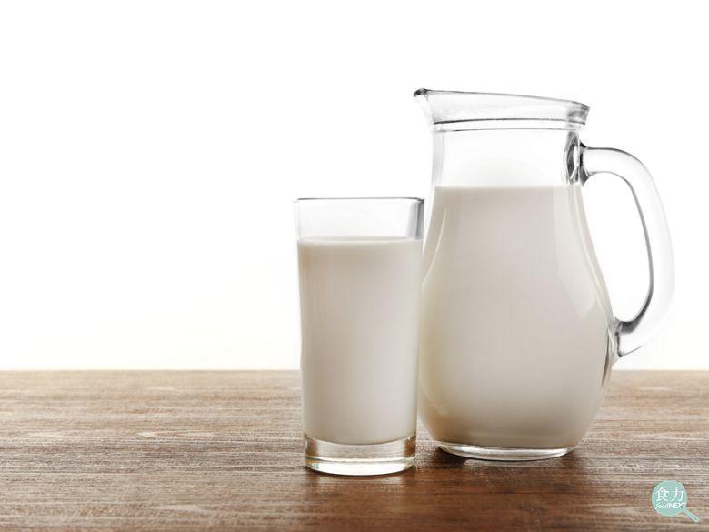 預防肌少症,應多補充蛋白質,包括蛋豆魚肉類、奶類及乳製品。 圖/食力提供