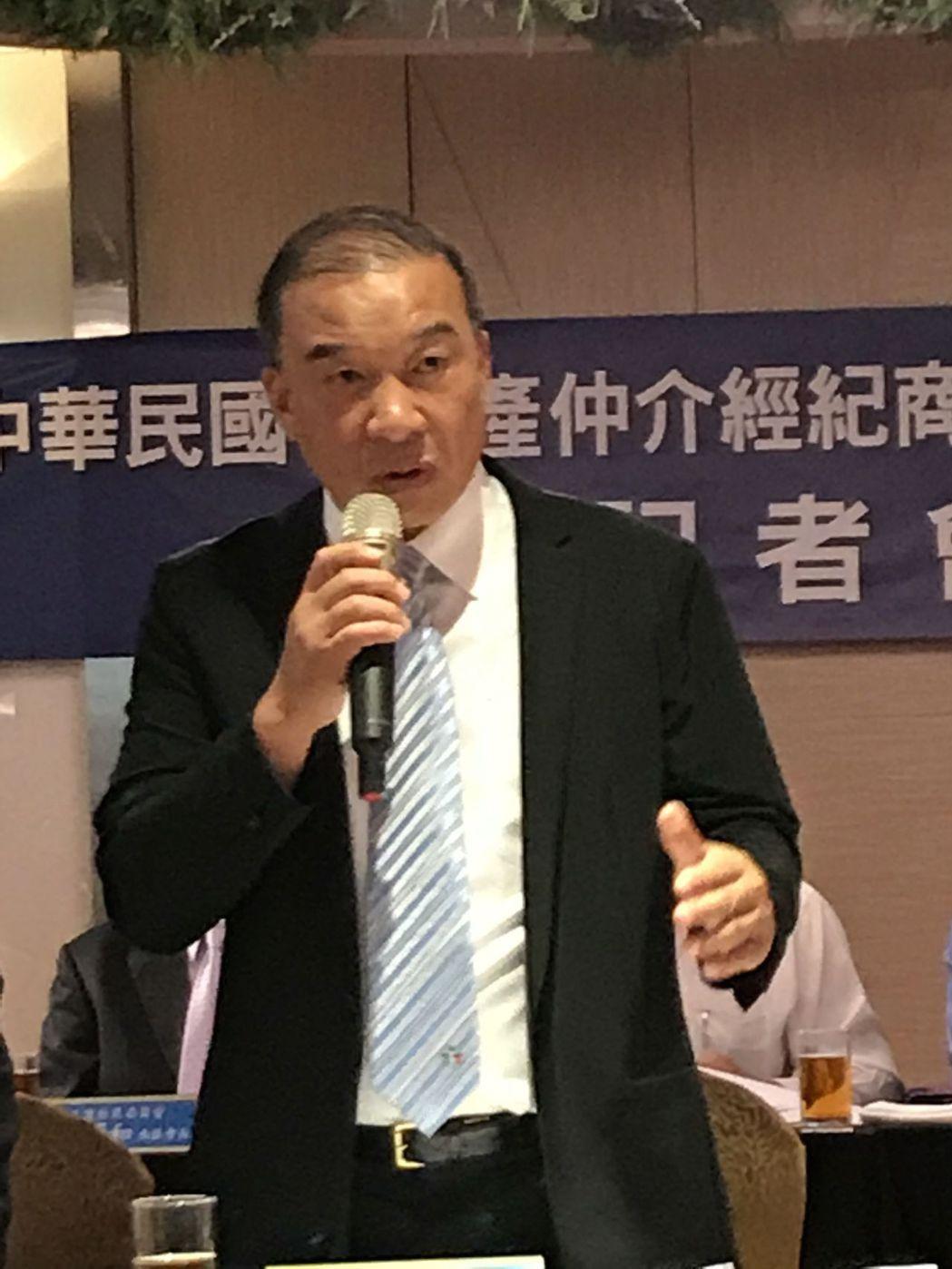 房仲公會全聯會理事長林正雄。郭及天/攝影