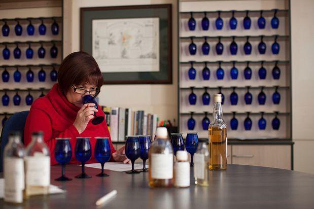 蘇格登首席調酒師Maureen Robinson。圖/帝亞吉歐提供