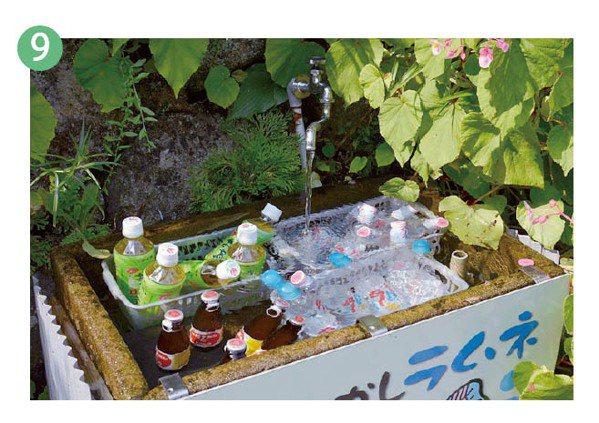 前往那智大社的階梯途中,有販賣冰涼的果汁的小攤。