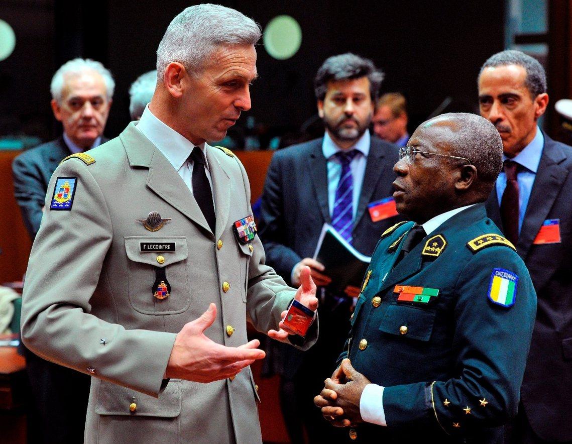 在德.維利耶辭職後,馬克宏也立即任命人在非洲馬利、領導歐洲維和部隊與訓練的傳奇人...