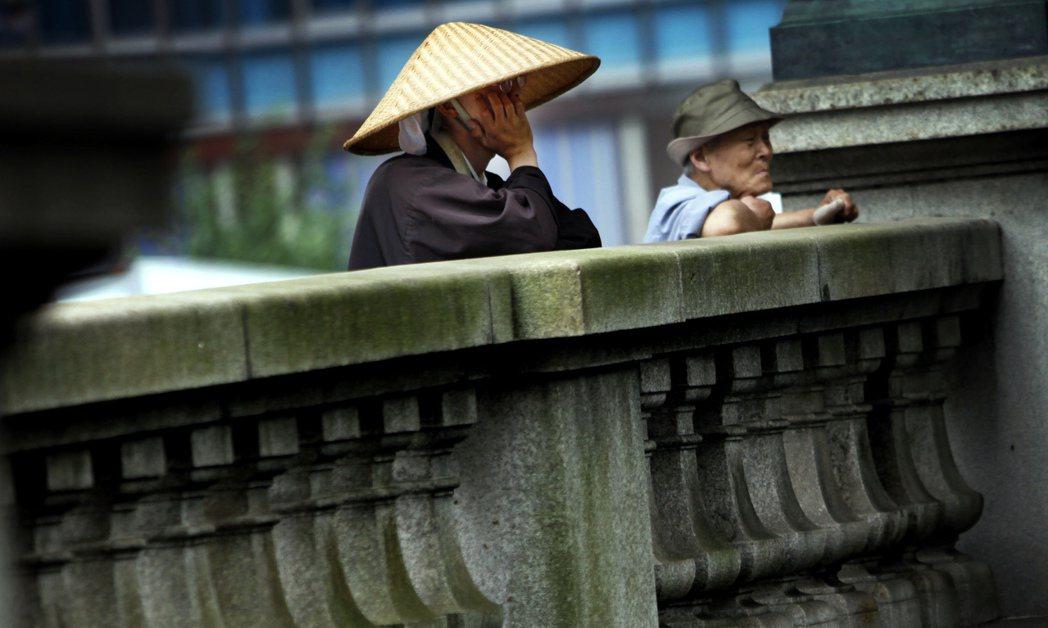 因為戶田的三項約定,加入創價學會的會員,則同時必須成為日蓮正宗「末寺」的檀信徒。...