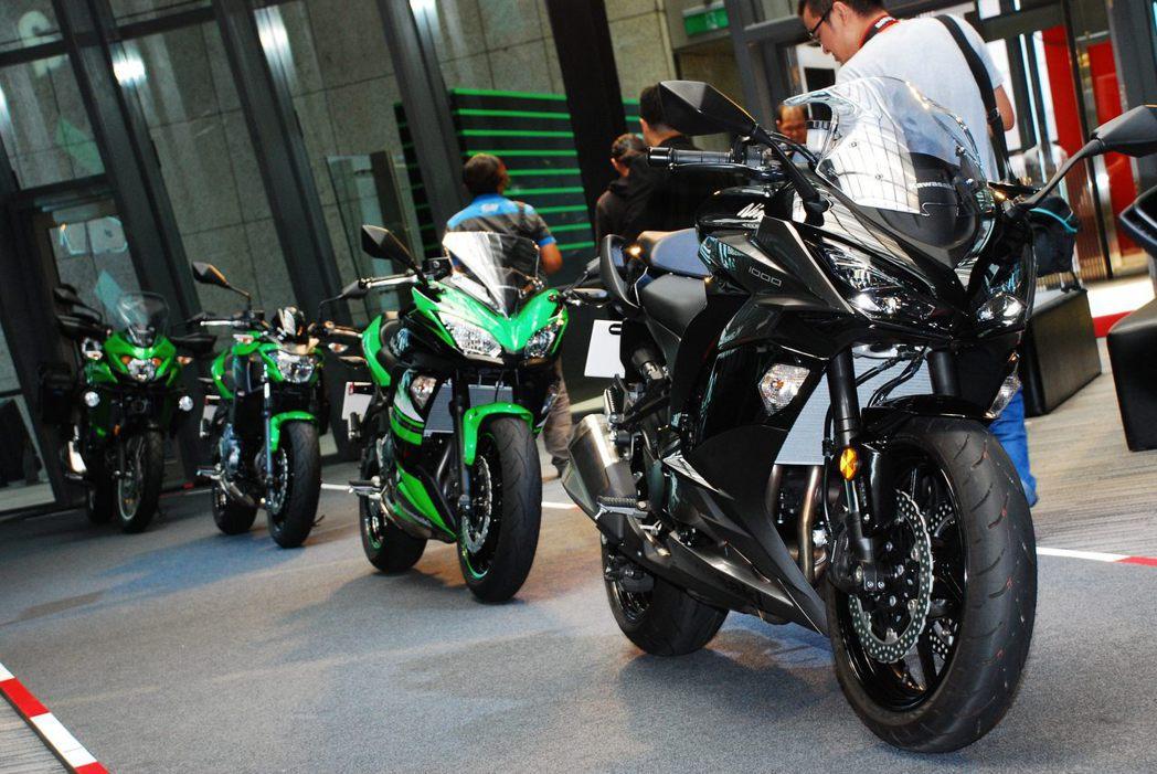 Ninja1000、Ninja650、Z650、VERSYS-X 300 ABS...